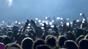 phones at concert sm